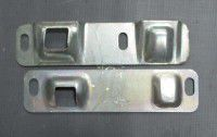 засувка дверей задня лів.-в+з- 2705-6305374/75