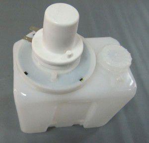 бачок омивача 12v  ваз,газ, 190452370, газ