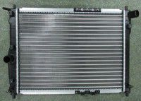 радіатор водяний ланос б-конд 96351263